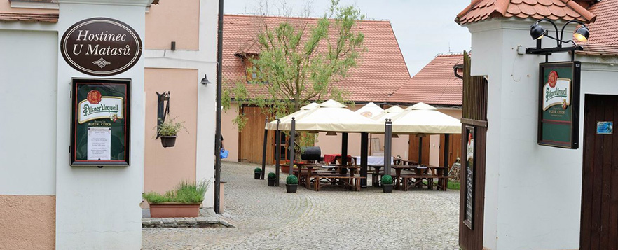 Restaurace & Penzion UMatasů